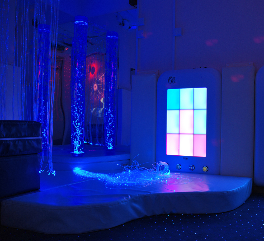 Fibre Optics And Bubble Tube In A Sensory Corner Rompa Blog